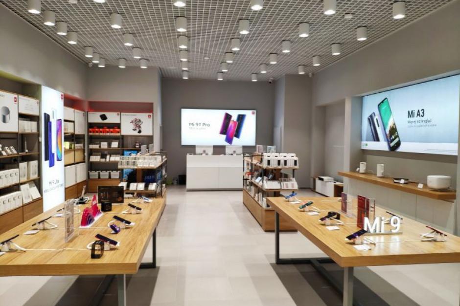 Xiaomi zorganizowało promocję: chętnych było tylu, że ... zamknięto sklep