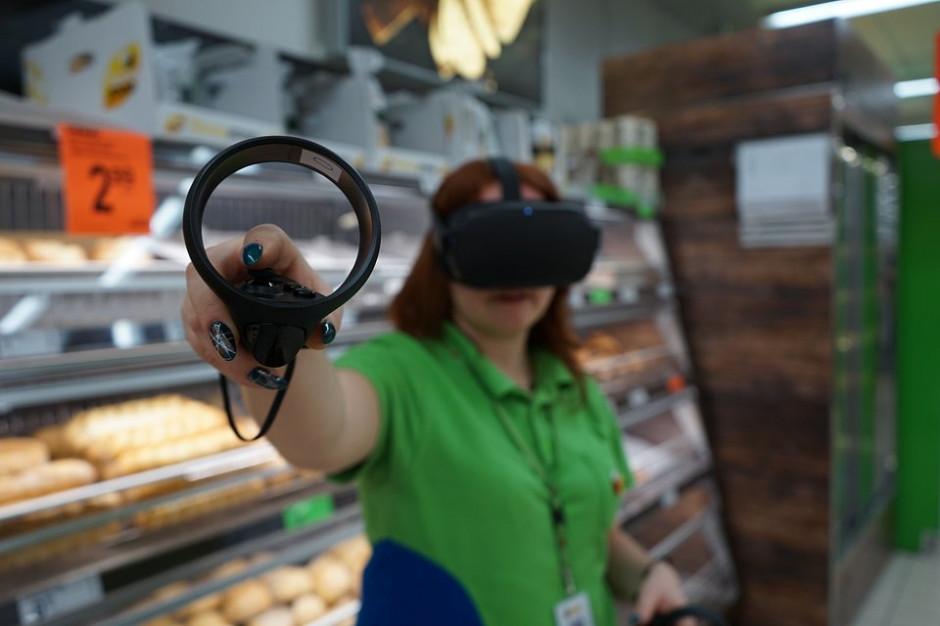 Biedronka przenosi szkolenia do wirtualnej rzeczywistości