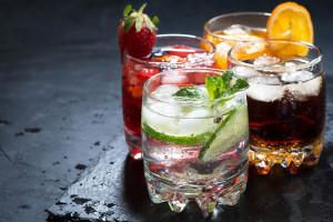 Sejm uchwalił ustawę o opłacie od napojów słodzonych i małpek