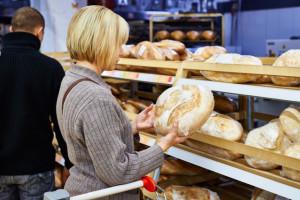 Tesco chce przekształcać piekarnie w sklepy, pracę może stracić ponad 1,8 tys. ludzi