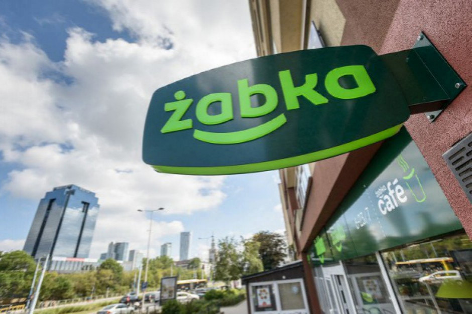 Żabka wstrzymała dostawy produktów z Włoch, zapewnia ciągłość dostaw do sklepów