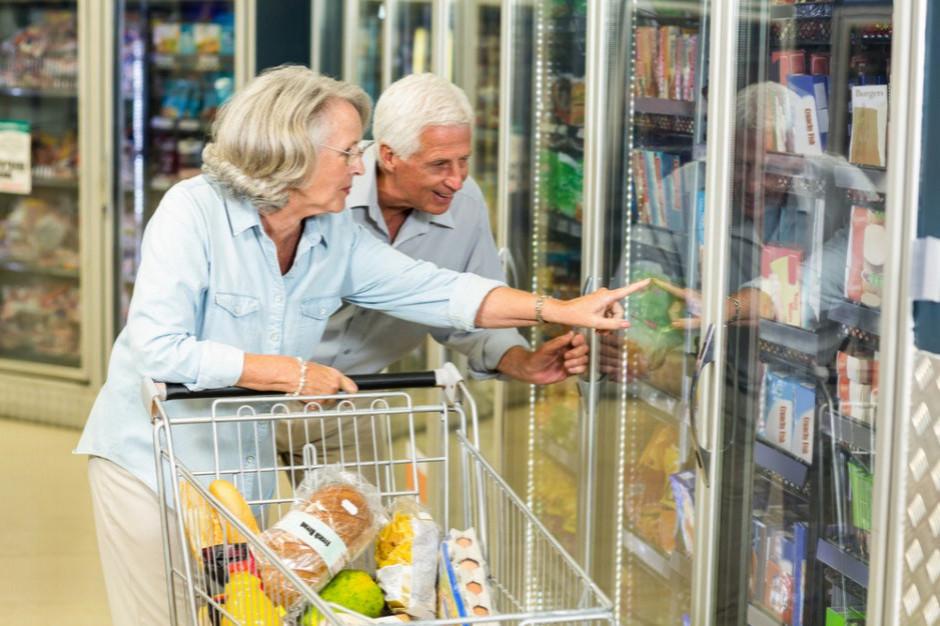 Strażacy oferują seniorom pomoc w zakupach produktów i leków