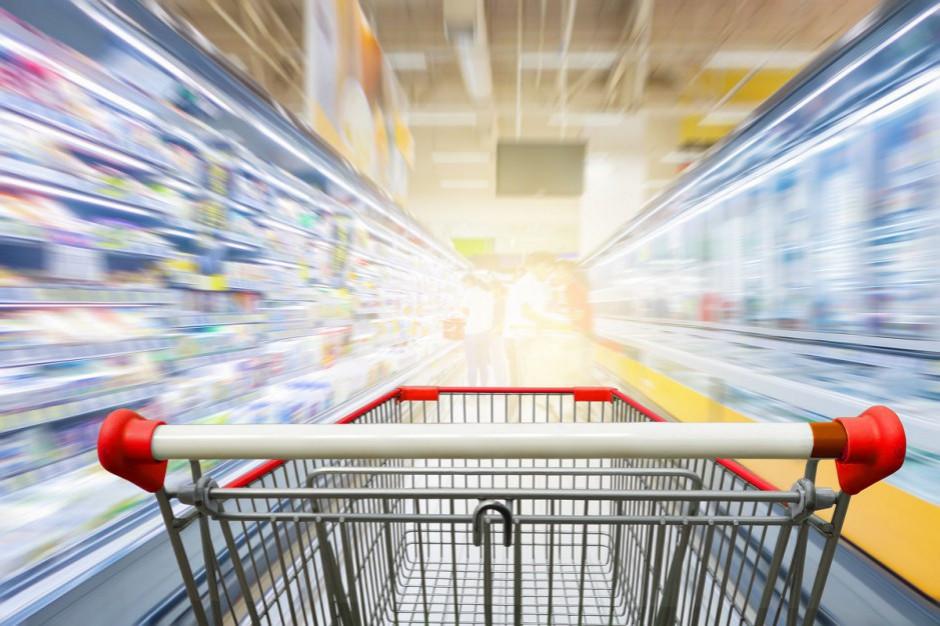 Rządowy pakiet: czasowe przywrócenie zaopatrzenia sklepów i handlu w niedziele
