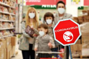 Handel pod presją COVID-19. Czy premie zatrzymają pracowników w sklepach?