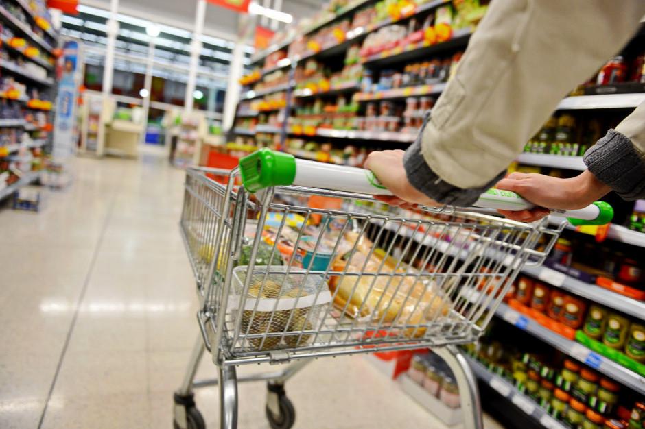 W kwarantannie nasze zakupy mniejsze o 38 proc. Przejadamy zapasy