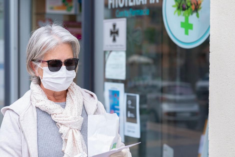 Mintel: Po pandemii marki i firmy powinny wypracować modele sprzedaży przyjazne seniorom