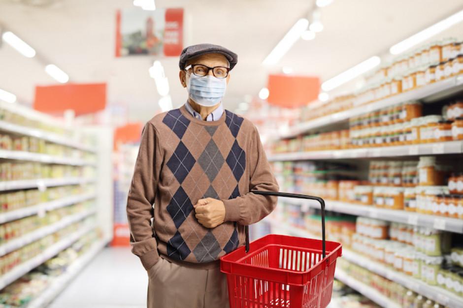 Godziny dla seniorów dezorganizują pracę w sklepach spożywczych
