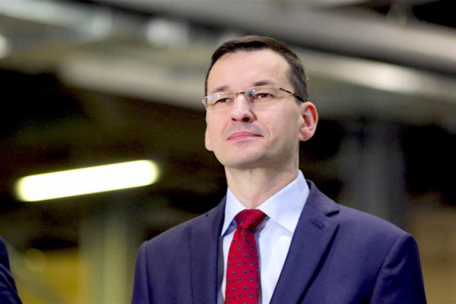 """Premier przedstawił """"tarczę finansową"""" - program wsparcia firm o wartości ponad 100 mld zł"""