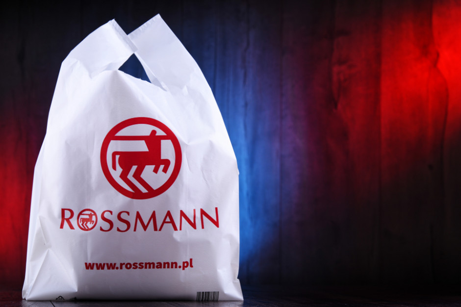 Rossmann w Polsce: 18 tys. pracowników, prawie miliard zł zysku i 1395 sklepów