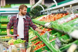 Raport: Najwięcej produktów roślinnych w sieciach Auchan, Carrefour i Kaufland