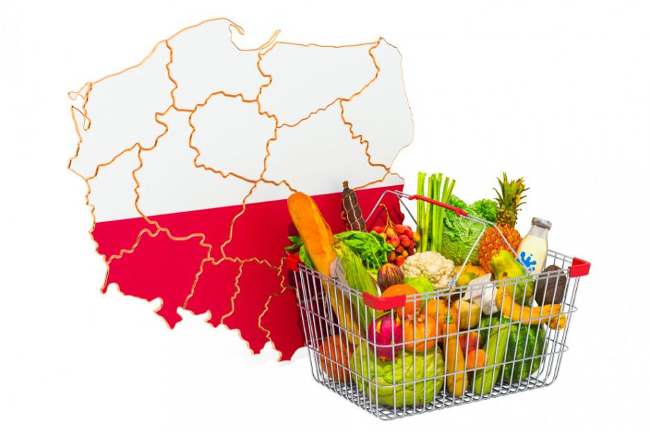 Obowiązek sprzedawania żywności w marketach od dostawców z powiatu? Tego chce poseł PiS
