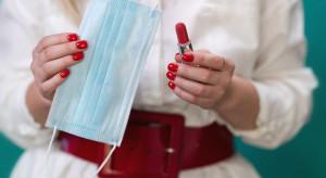 Nielsen podsumowuje sprzedaż w sieciach handlowych: Efekt szminki i wyjątkowo zimny maj