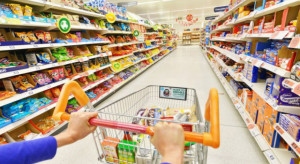 Klient hipermarketów przeklejał kody kreskowe, by zrekompensować sobie premię zaniżoną z powodu pandemii