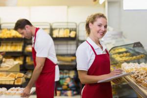Kim jest statystyczny pracownik supermarketu? W tej branży pracuje ponad 700 tys....