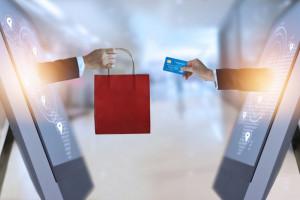 Po otwarciu sklepów stacjonarnych sprzedaż online spadła tylko nieznacznie