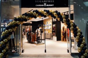 Odzieżowa spółka sprzedaje więcej środków ochronnych niż ubrań
