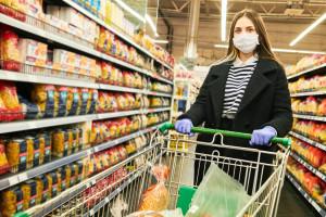 Badanie: Polacy w czasie pandemii ufają Biedronce i Lidlowi