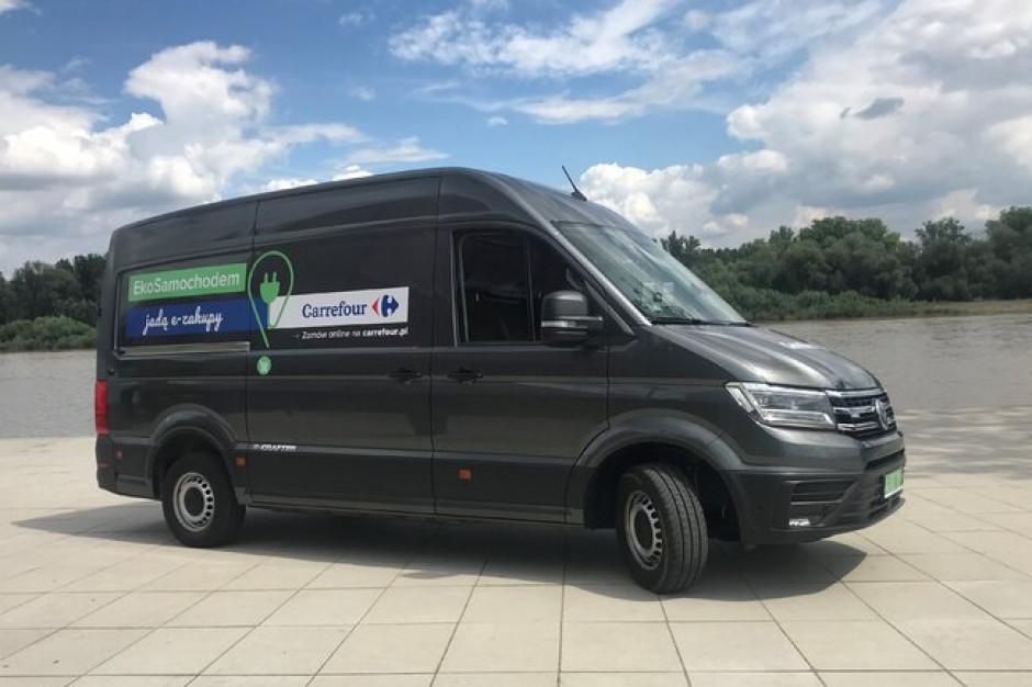 E-samochody zasilą flotę sieci Carrefour