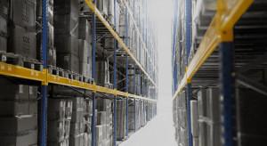 Centrum dystrybucyjne CCC ma system automatycznego sterowania wózkami