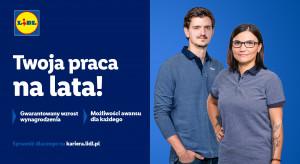 Lidl w kampanii promuje się jako stabilny pracodawca