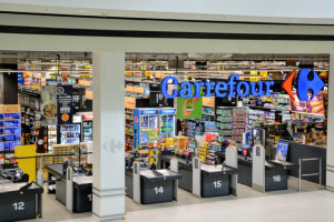 Carrefour Polska z 81 mln zł zysku. Sieć zamknęła w 2019 r. 51 sklepów wobec 137...