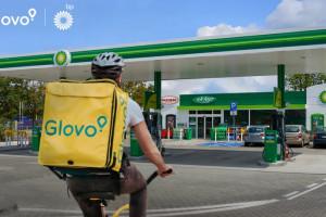 bp nawiązało współpracę z Glovo - pilotaż usługi w Krakowie i Warszawie