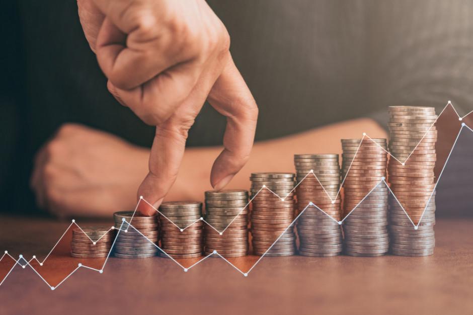 Ekonomiści w większości nie podzielają obaw, że podwyżka płacy minimalnej wywoła zwolnienia