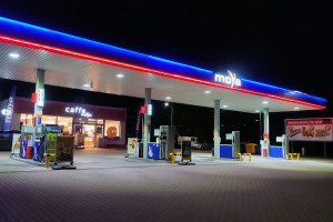 Sieć stacji paliw MOYA chce utrzymać do końca roku szybkie tempo nowych otwarć