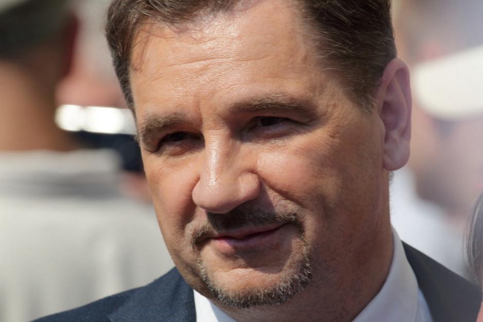 """Szef """"Solidarności"""" krytycznie o powierzeniu Jarosławowi Gowinowi obszaru pracy"""