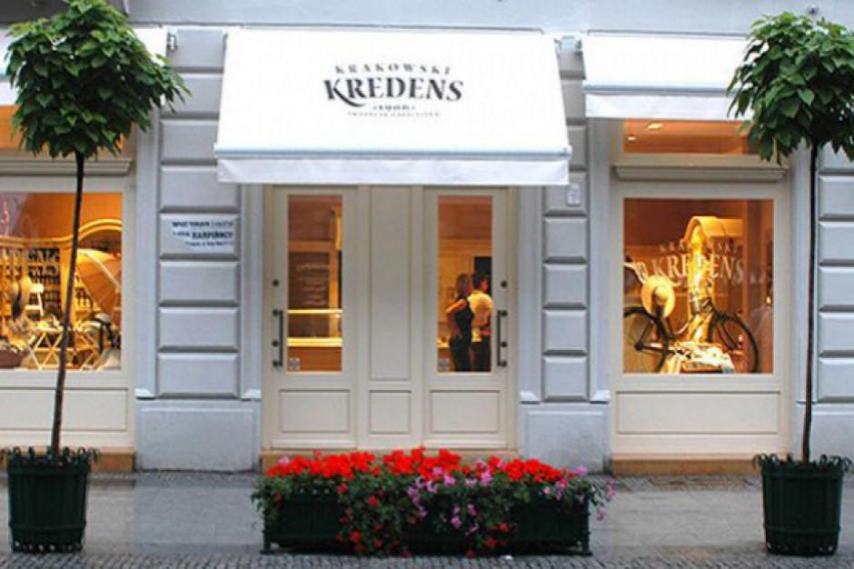 Franczyzobiorca przejął 10 lokalizacji Krakowskiego Kredensu. Obecnie działa 7 sklepów