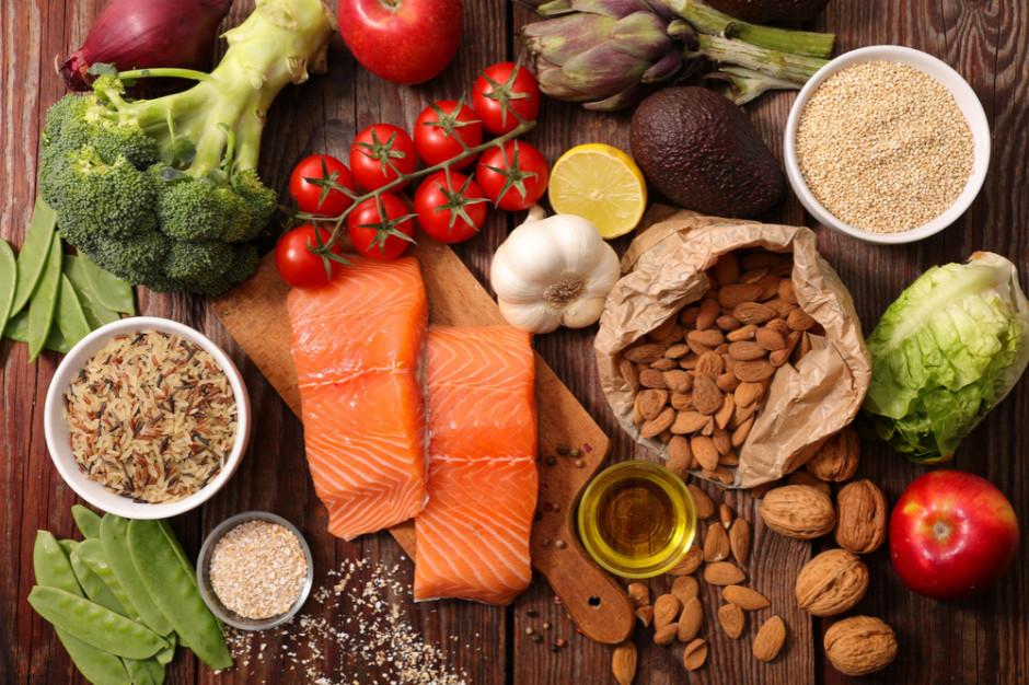 Druga fala obostrzeń: Cios dla gastronomii, w handlu na razie stabilnie