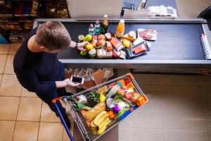 Na jeden super- i hipermarket w Polsce przypada 4509 osób