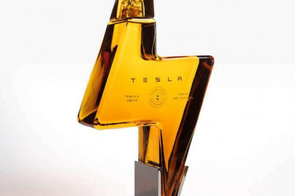 Tesla ma tequillę w butelce w kształcie błyskawicy