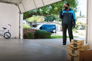 Amazon rozwija dostawy do garażu