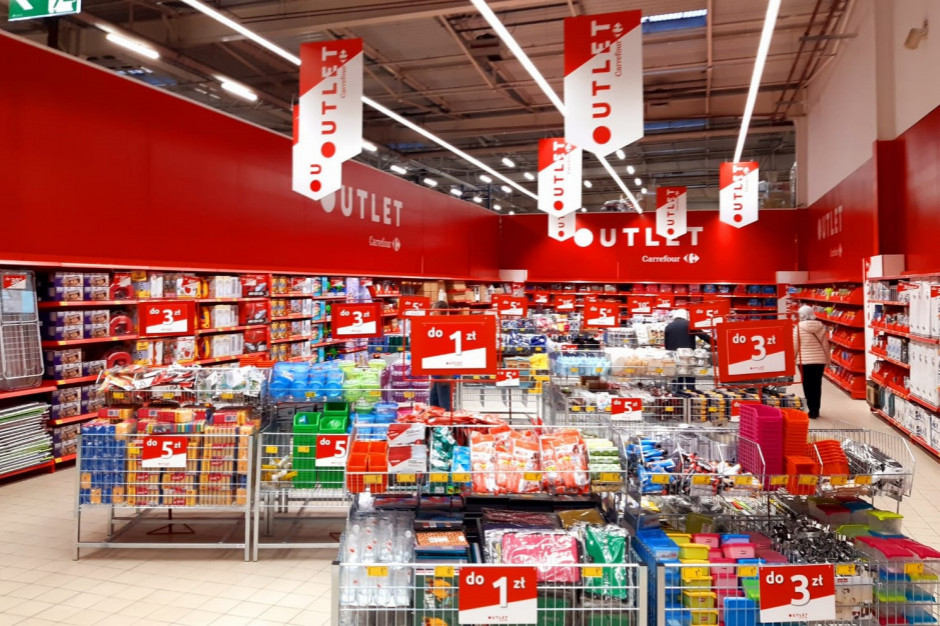 Carrefour wprowadza nowy koncept - strefy Outlet w fazie testów