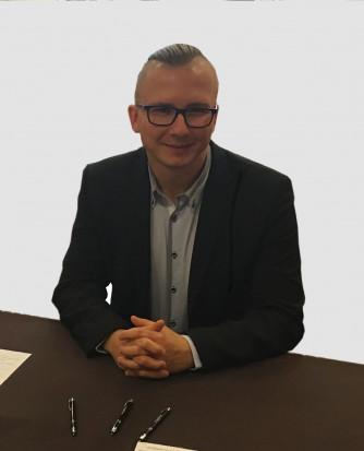 Adrian Silkowski, ekspert Grupy TOM