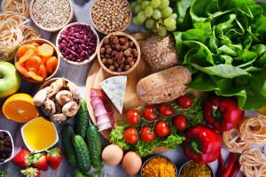 W sklepach marnuje się 7 proc. żywności, w domach 60 proc.