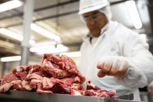 Branża mięsna wciąż pod kreską