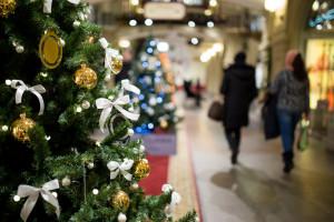 Prezydent podpisał nowelę - 6 grudnia będzie niedzielą handlową