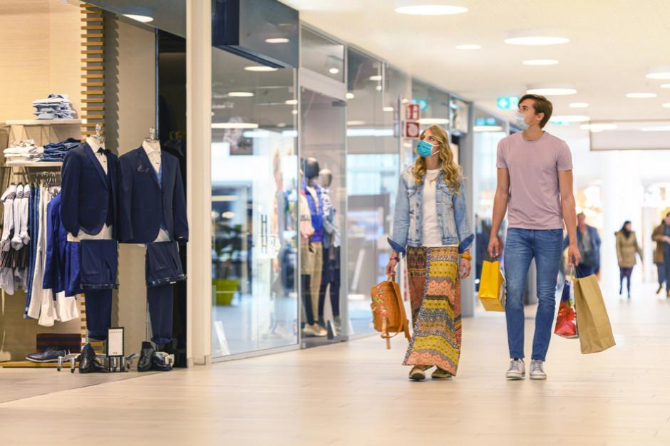 ZPPHiU: Zakupy w centrach handlowych nadal niewielkie