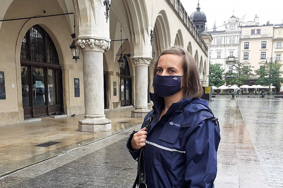 Poczta Polska uruchamia dodatkowe dni na doręczanie paczek