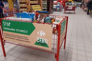 Carrefour sprzedaje produkty z bliskim terminem ważności przecenione do 90 proc.