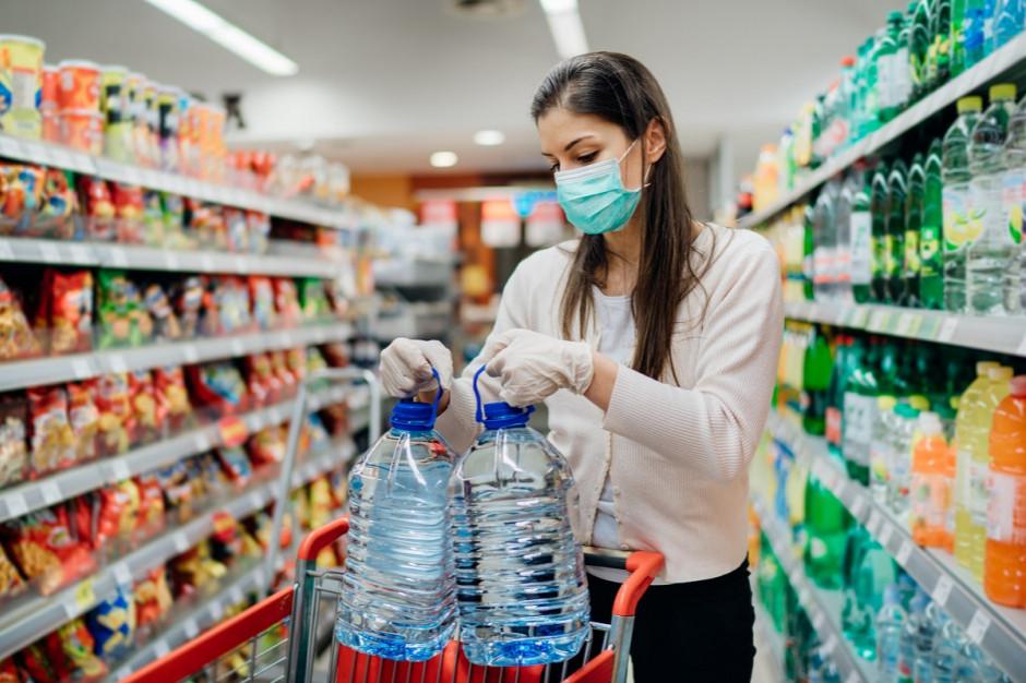 Zaufanie do sprzedawców żywności wzrosło w 2020 roku o 7 proc.