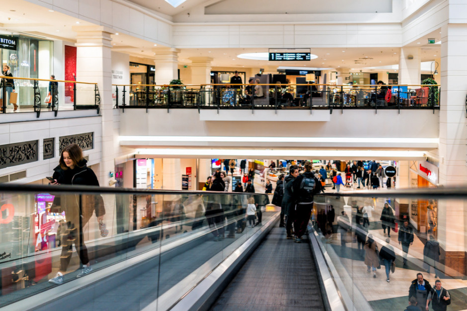Odwiedzalność centrów handlowych w 1. tygodniu lutego niższa o 20 proc. rdr