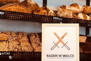Co sekundę Polacy wyrzucają aż 184 bochenki chleba