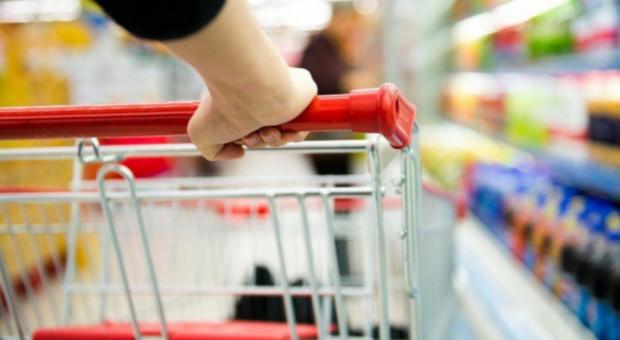 Jak zmieniała się liczba sklepów w latach 2018-2020