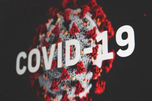 Sklepy będą sprzedawać testy na obecność koronawirusa. Aldi i Rossmann jako pierwsze