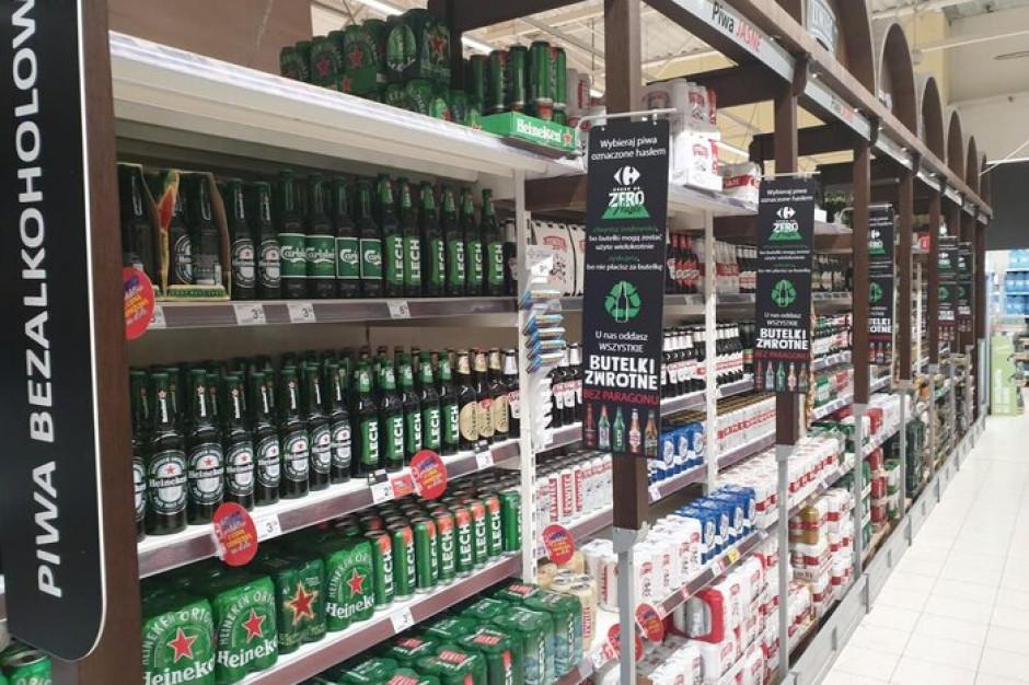 Klienci sklepów Carrefour mogą oddawać butelki zwrotne bez paragonu