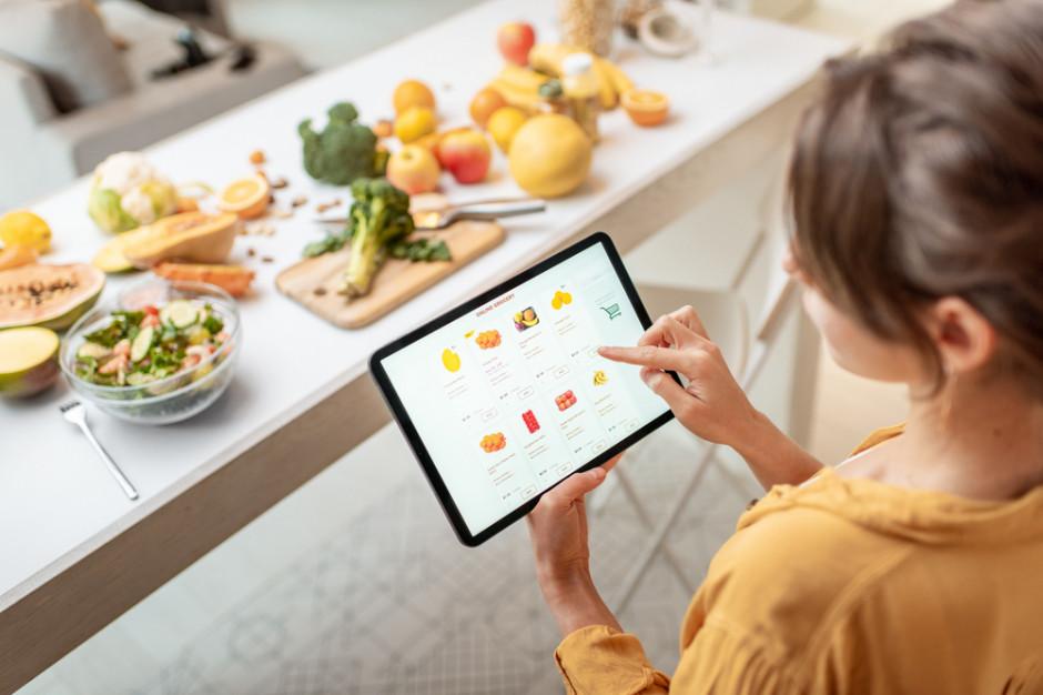 Na zakupy online wydajemy więcej niż na podobne w sklepach stacjonarnych