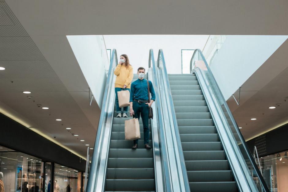 Centra handlowe straciły 24 proc. odwiedzających